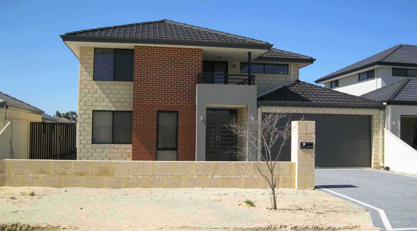 Narrow block new home design perth custom designed two for Home designs for narrow blocks